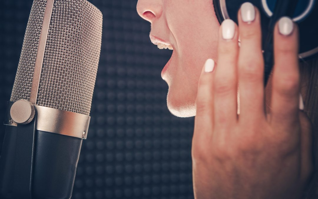 How to Improve Vocal Pitch While Singing