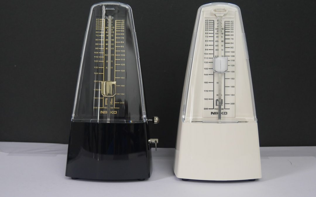 Black and white metronome