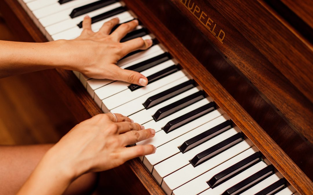 The Best Beginner Piano Books to Start Out In